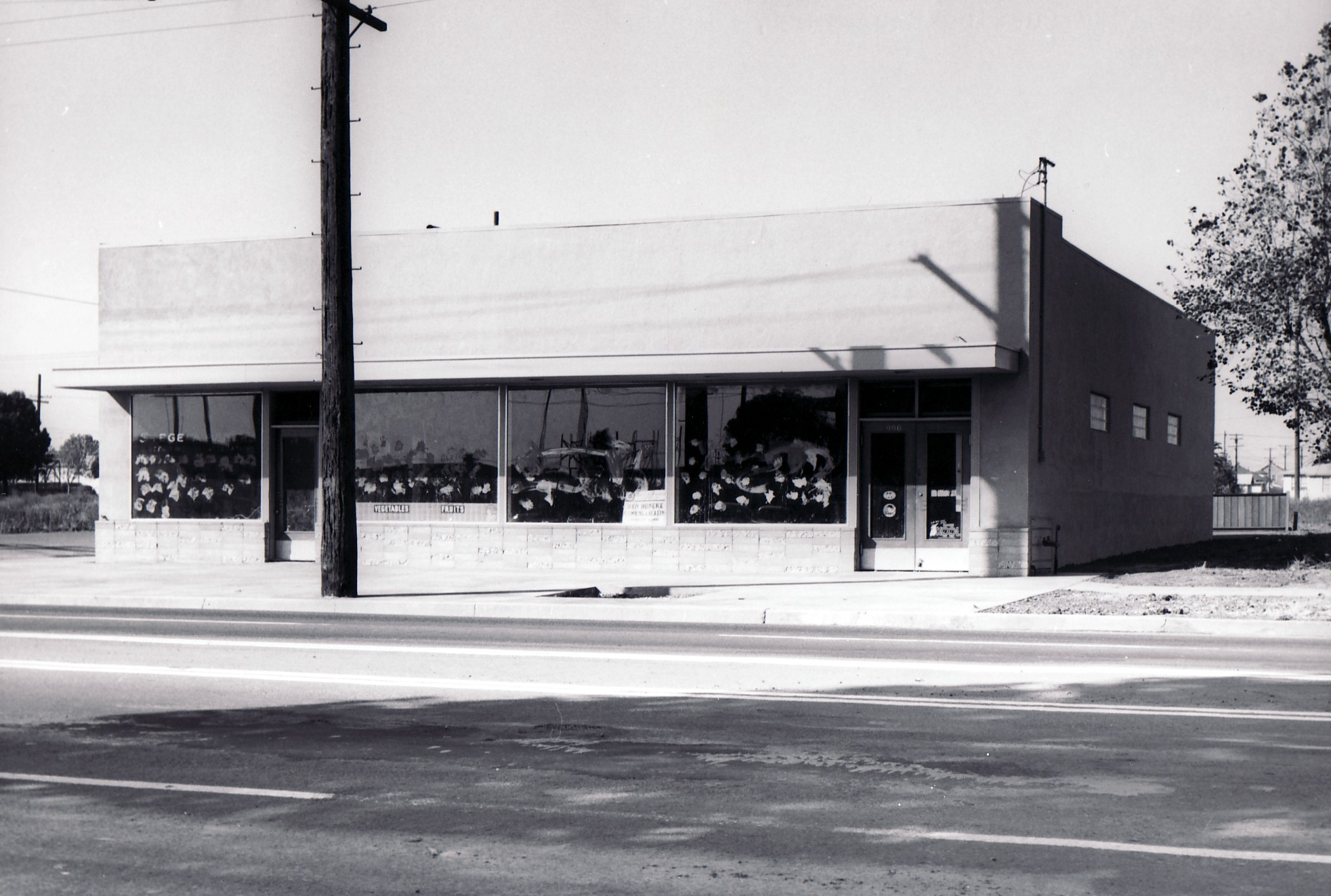 Laboratory of Comparative Biology Annex, 1301 Cutting Blvd., Richmond, CA, October 1961.