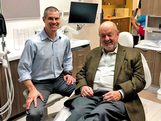 Curt Lemrick, DMD, lead dentist at the new Kaiser Permanente Beaverton Medical and Dental Office and Beaverton Mayor Denny Doyle