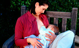 feature-mom-breastfeeding-baby-outside-274x168