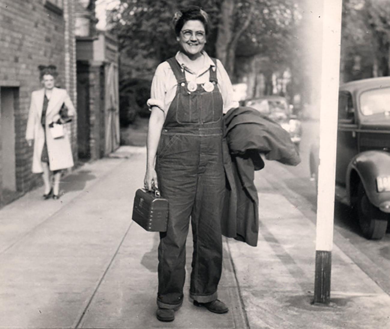 Ruby Bingham, worker at Kaiser shipyard, in 1943.